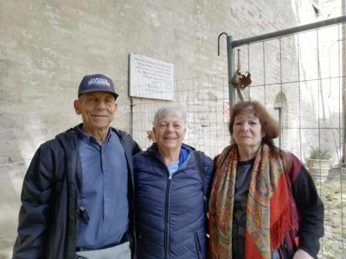 Ramras's grandchildren in visit the Urbisaglia camp (5)